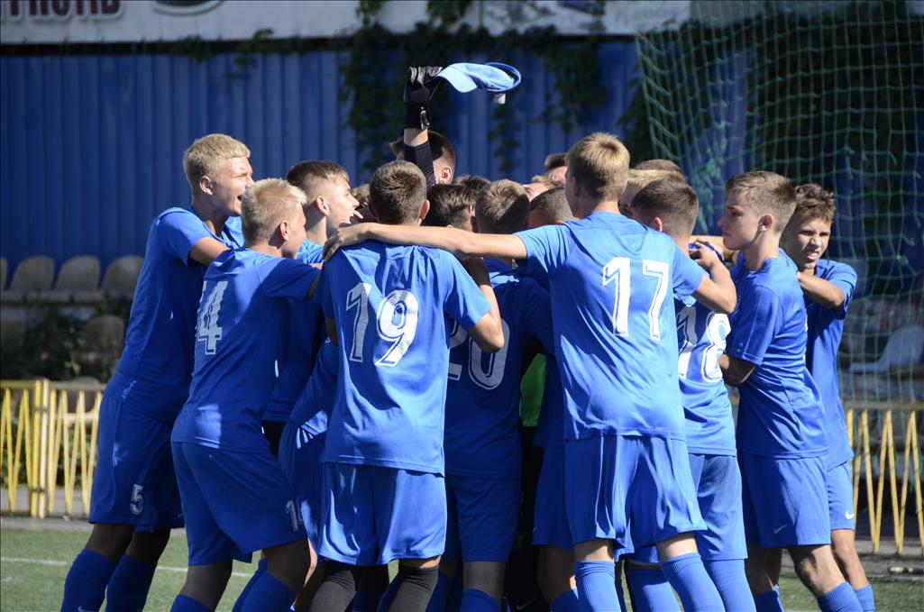 ДВУФК Дніпро - переможець Utmost Cup U-15